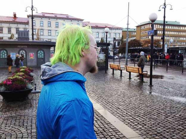 ynling-m-grönt-hår